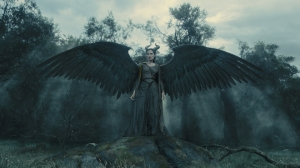 maleficent-photo-gallery-3
